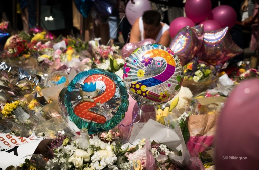 image of 2 balloons with the number 2 on each. 22 was the number of people killed in the manchester bombing , 2017