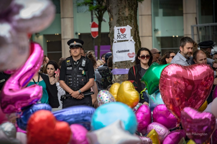 Policeman with baloons